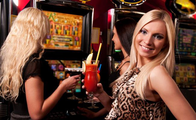 Moterys kazino
